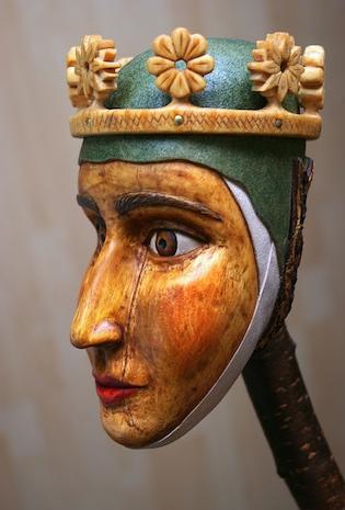 královna ze dřeva