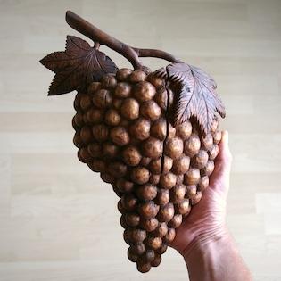 hrozen vína ze dřeva, dřevořezba