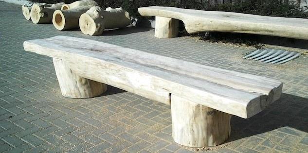lavice z kulatiny