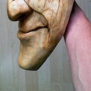 snění, obličej ze dřeva